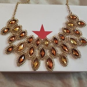 Jewelry - Womens statement fashion necklace gold new